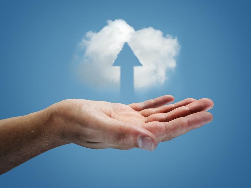 cloud main envoi - World Backup Day 2020, faites une sauvegarde de vos données