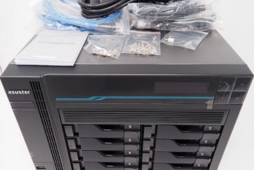contenu AS6508T 370x247 - NAS - Test de l'ASUSTOR AS6508T (Lockerstor 8)
