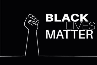 black lives matter 370x247 - Black Lives Matter : maître-esclave, liste blanche/noire