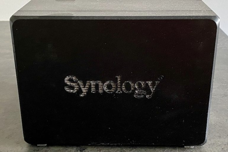 Synology DS918 nettoyer NAS  770x513 - NAS - Nettoyer son boitier Synology