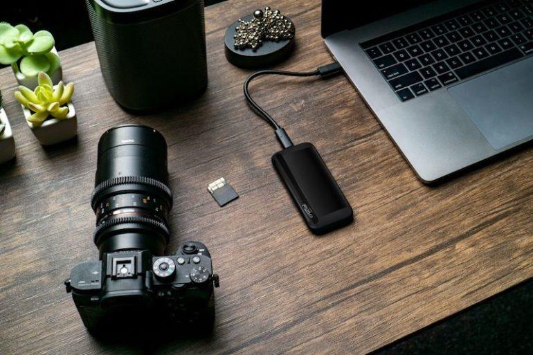 crucial X8 770x513 - Crucial annonce 2 nouveaux SSD portables 2 To (X6 et X8)
