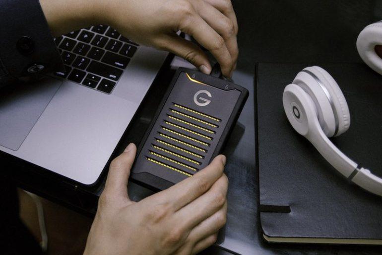 ArmorLock 770x513 - ArmorLock : disque SSD externe, chiffré et connecté en Bluetooth