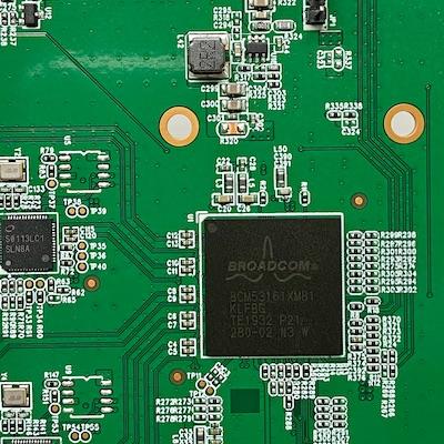 Broadcom BCM53161XMB1 - Test du QNAP QSW-1105-5T : Switch 5 ports 2,5 Gbit/s