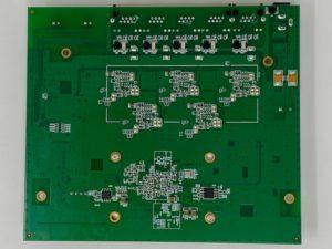 QSW 1105 5T intereieur dessous 300x225 - Test du QNAP QSW-1105-5T : Switch 5 ports 2,5 Gbit/s