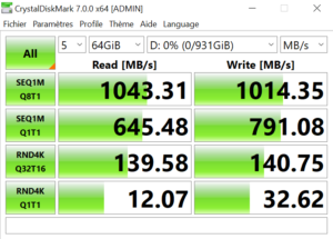 WD MyPassport SSD CrystalDiskMark 2 300x215 - Test du WD My Passport SSD 1To... jusqu'à 1050 Mo/s