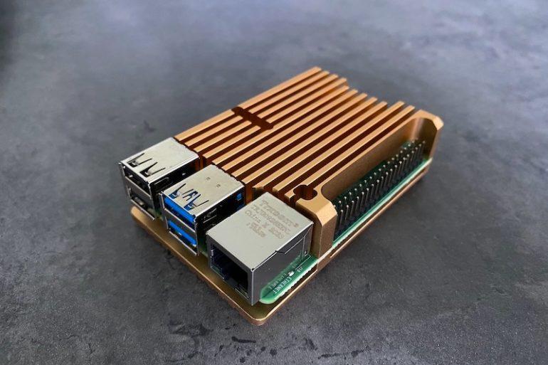Raspberry Pi 4  2021 770x513 - Raspberry Pi 4 : boitier, température et Wi-Fi