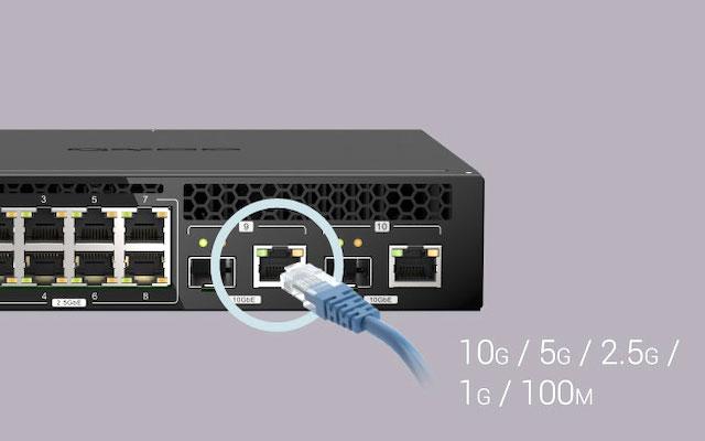 qsw m2108r 2c cables - QNAP QSW-M2108R-2C : Switch 8 prises réseau 2.5 Gbit/s et 2 prises 10 Gbit/s