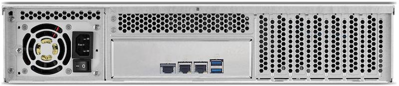 TerraMaster U8 111 arriere - TerraMaster U8-111 : 8 baies rackable, 2U, 10 Gbit/s... 1099€