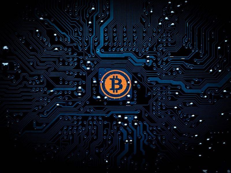 bitcoin 2021 - QNAP - D'anciens NAS seraient victimes de minage