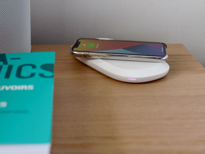 charge - Test SanDisk iXPAND Wireless Charger Sync
